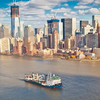 Luminile strălucesc în Manhattan, electricitatea provine din New Jersey